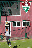RIO DE JANEIRO; RJ; 18 DE JULHO 2013-  A equipe do Fluminense treinou nesta quinta-feira nas Laranjeiras se preparando para o clássico contra o Vasco do próximo domingo na volta do time tricolor ao Maracanã. Diego Cavalieri. FOTO: NÉSTOR J. BEREMBLUM - BRAZIL PHOTO PRESS.