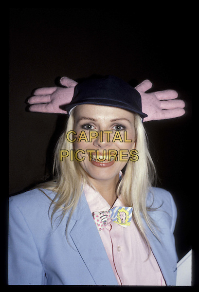 PAMELA STEPHENSON.Ref: 026.portrait, headshot, hands, hat.*RAW SCAN- photo will be adjusted for publication*.www.capitalpictures.com.sales@capitalpictures.com.©Capital Pictures