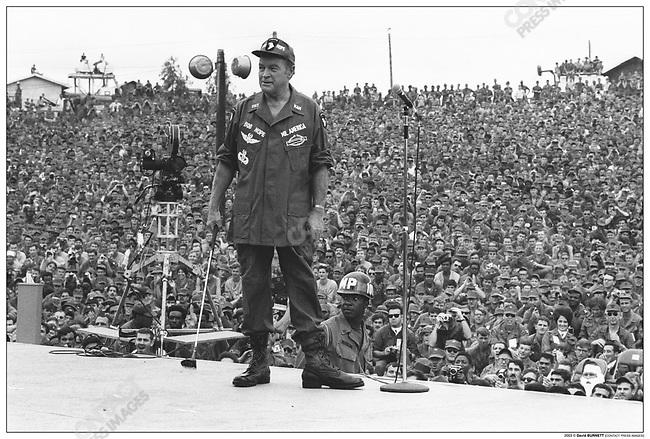 Bob HOPE, entertaining US troops at his Christmas show, Phu Bai, Vietnam, December 1970.