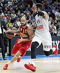 Real Madrid's Jeffery Taylor (r) and Olympimpiacos Piraeus' Vassilis Spanoulis during Euroleague match. January 28,2016. (ALTERPHOTOS/Acero)
