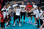16.09.2019, Lotto Arena, Antwerpen<br />Volleyball, Europameisterschaft, Deutschland (GER) vs. …sterreich / Oesterreich (AUT)<br /><br />Jan Zimmermann (#17 GER) kommt auf das Spielfeld / Georg Grozer (#9 GER) als zweiter Libero<br /><br />  Foto © nordphoto / Kurth