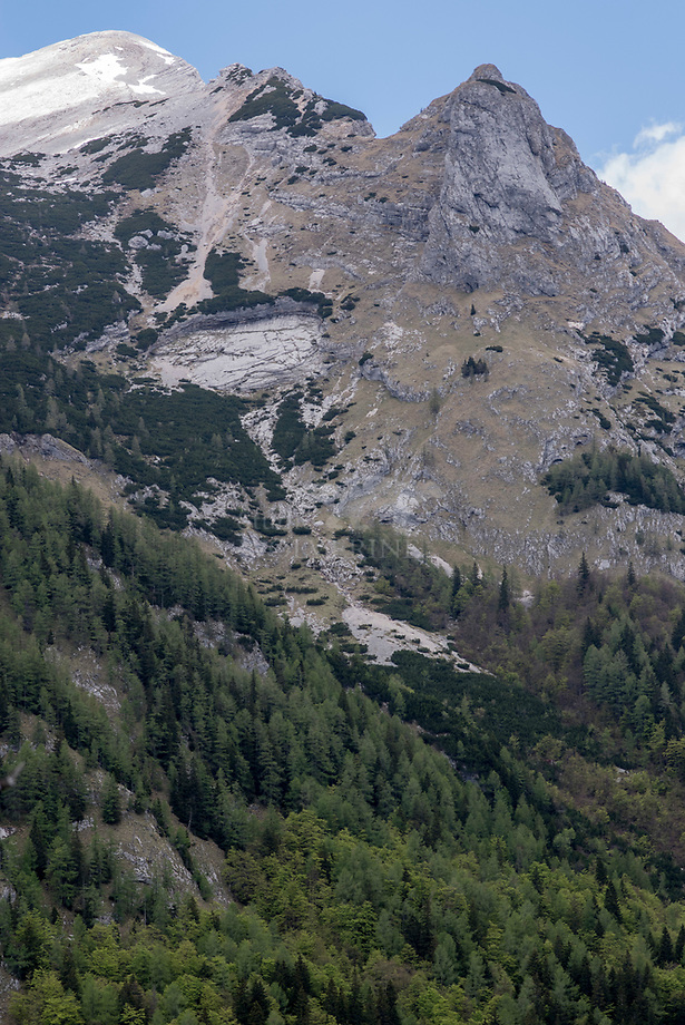 Steile bergen van de Julische Alpen, Slovenië