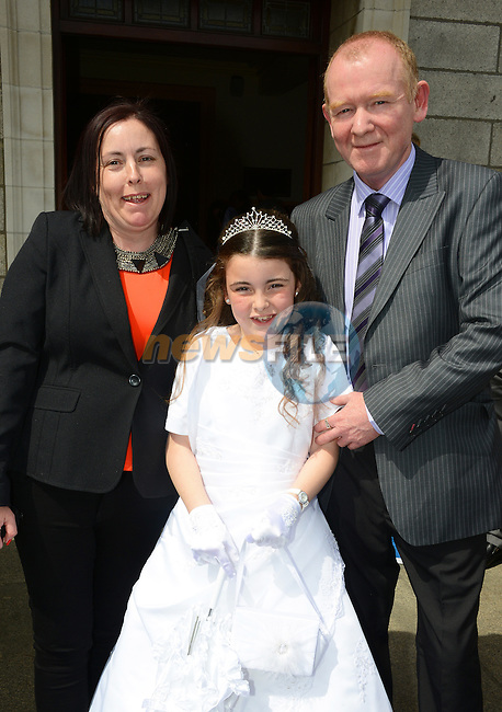 Lourdes Communion – Alisha Byrne Taaffe with her Mum Lorraine Byrne and Dad Noel Taaffe.