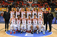20200206 – OOSTENDE ,  BELGIUM : Canadian players with Canadian head coach Lisa Thomaidis , Canadian Nayo Raincock-Ekunwe (7) , Canadian Laeticia Amihere (23), Canadian Miranda Ayim (9), Canadian Natalie Achonwa (11), Canadian Kayla Alexander (14) , Canadian Bridget Carleton (6), Canadian Kim Gaucher (8) , Canadian Shaina Pellingto (21), Canadian Sami Hill (4), Canadian Miah-Marie Langlois (10), Canadian Kia Nurse (5) and Canadian Jamie Scott (12) pictured posing for the teampicture during a basketball game between the national teams of Canada and the National team of Belgium named the Belgian Cats on the first matchday of the FIBA Women's Qualifying Tournament 2020 , on Thursday 6  th February 2020 at the Versluys Dome in Oostende  , Belgium  .  PHOTO SPORTPIX.BE   DAVID CATRY