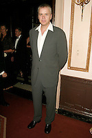 Presenter Tim Robbins at the 3rd Annual Directors Guild Of America Honors at the Waldorf-Astoria in New York City. June 9, 2002. <br />