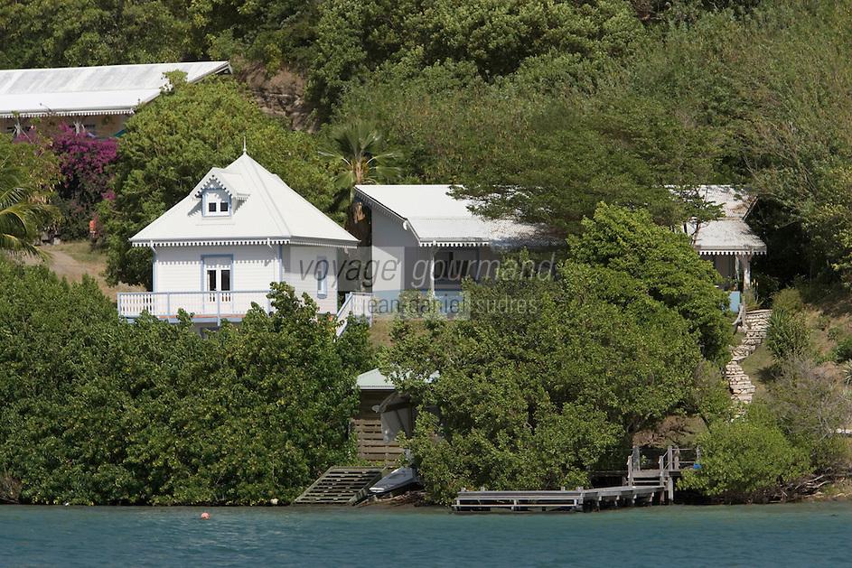 France/DOM/Martinique/Le Francois: Maisons créoles sur l'Atlantique