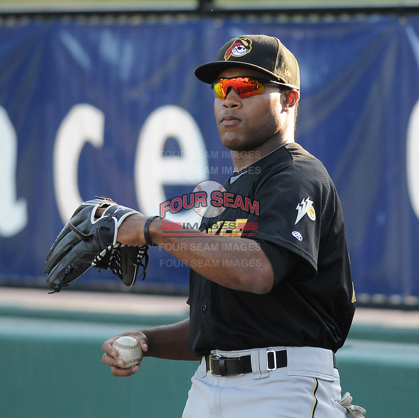 Outfielder Evan Chambers (53) of the West Virginia Power, Class A affiliate of the Pittsburgh Pirates, at a game against the Greenville Drive April 29, 2010, at Fluor Field at the West End in Greenville, S.C. Photo by: Tom Priddy/Four Seam Images