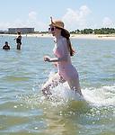 DYW 2018 - Beach Party - NO HANDOUTS