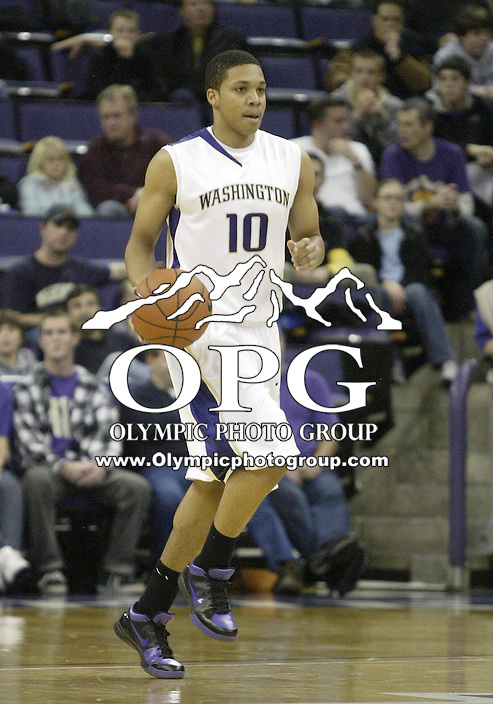 15 November 2009:  Washington Huskies freshman Abdual Gaddy brings the ball down court against Portland State. Washington won 111-55 over Portland State  at the Bank of America Arena.