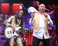 HOLLYWOOD FL - JULY 1 : (L-R) Verdine White and Ralph Johnson of Earth Wind and Fire perform at Hard Rock Live held at the Seminole Hard Rock Hotel & Casino on July 1, 2012 in Hollywood, Florida. ©mpi04/MediaPunch Inc /*NORTEPHOTO.COM*<br /> *SOLO*VENTA*EN*MEXiCO* *CREDITO*OBLIGATORIO** *No*Venta*A*Terceros* *No*Sale*So*third* ***No Se*Permite*Hacer*Archivo** *No*Sale*So*third*©Imagenes con derechos de autor,©todos reservados. El uso de las imagenes está sujeta de pago a nortephoto.com El uso no autorizado de esta imagen en cualquier materia está sujeta a una pena de tasa de 2 veces a la normal. Para más información: nortephoto@gmail.com* nortephoto.com.