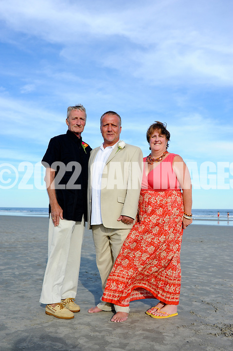 9/11/10 5:22:03 PM -- Christine & Warren --  Wildwood Crest, New Jersey -- Photo by William Thomas Cain/cainimages.com