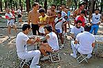 Exame cardiaco de maratona. Parque do Ibirapuera. São Paulo. 1989. Foto de Juca Martins.