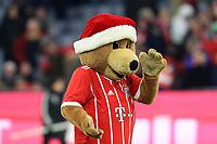 13.12.2017,  Football 1.Liga 2017/2018, 14. match day, FC Bayern Muenchen - 1.FC Koeln, in Allianz-Arena Muenchen.   Maskottchen Berni  *** Local Caption *** © pixathlon<br /> <br /> +++ NED + SUI out !!! +++<br /> Contact: +49-40-22 63 02 60 , info@pixathlon.de
