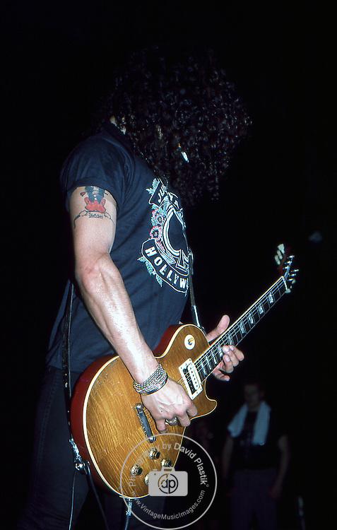 Guns-N-Roses-396.jpg