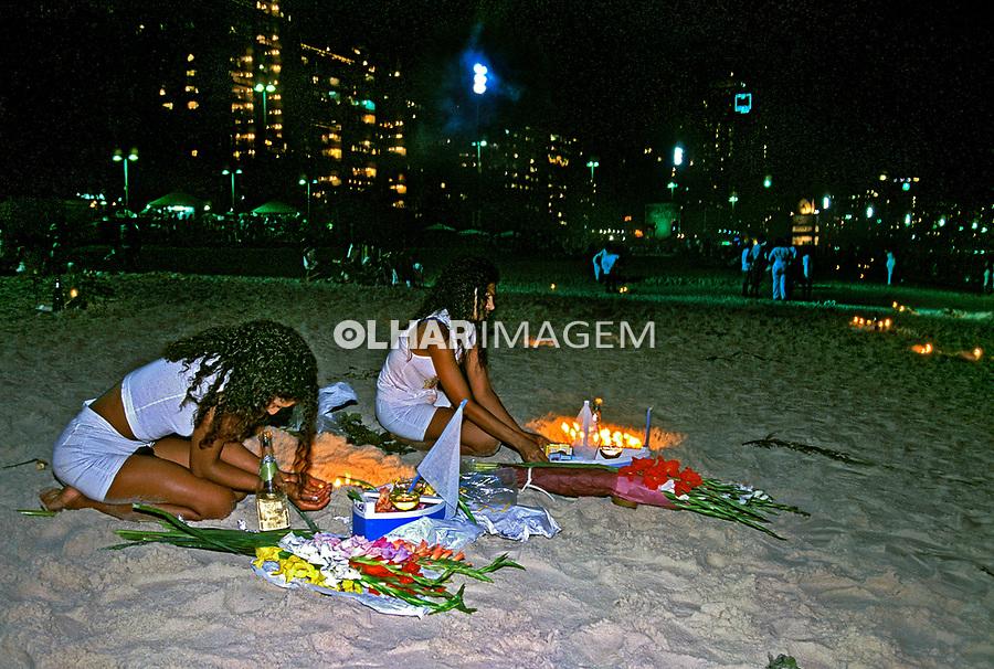 Festa de ano novo em Copacabana. Rio de Janeiro. 1999. Foto de Juca Martins.