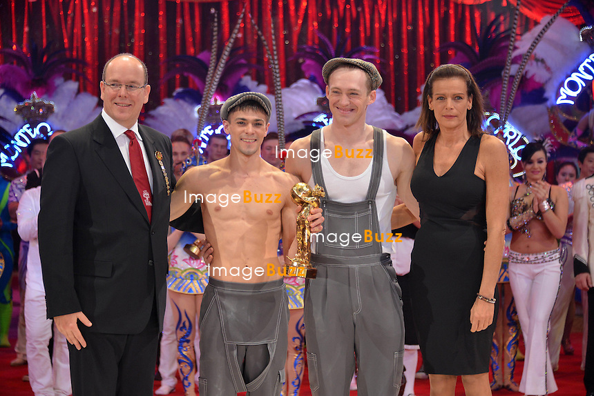 37th Monte-Carlo International Circus Festival Gala and Awards Ceremony. Pictured : Prince Albert II of Monaco and Princess Stephanie of Monaco giving Golden Clown Award to Shcherbak and Popov.
