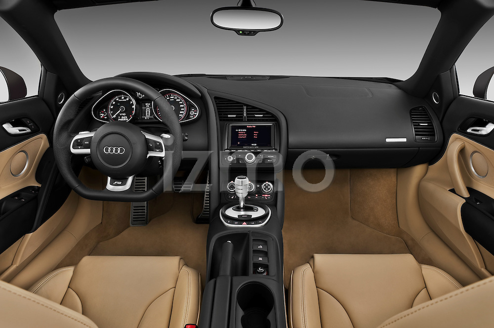 Straight dashboard view of a 2010 - 2012 Audi R8 Spyder v10 2 Door Convertible.