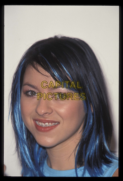 LISA (STEPS).29 October 2000.Ref: 10227.portrait, headshot, blue hair, highlights.*RAW SCAN- photo will be adjusted for publication*.www.capitalpictures.com.sales@capitalpictures.com.©Capital Pictures