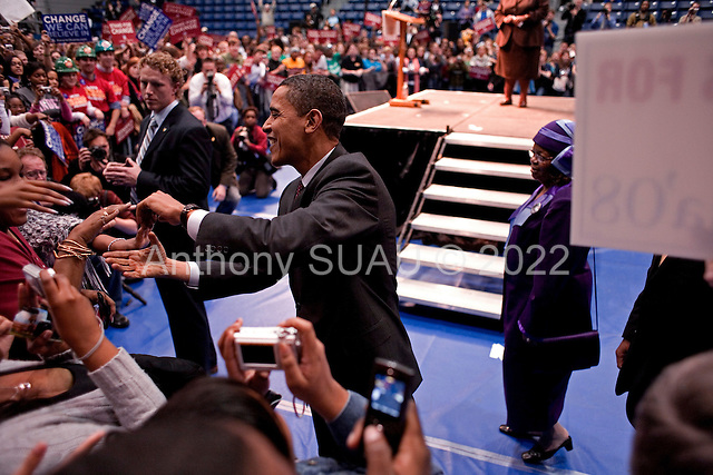 Greenwood, South Carolina.January 22, 2008 ..Supports greet Presidential hopeful Sen. Barack Obama (D-IL) as he enters a campaign rally at Lander University. Obama is campaigning through the state ahead of its Democratic primary on January 26..
