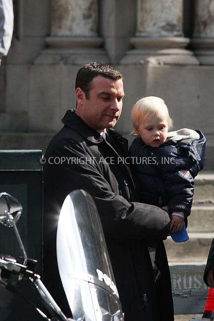 WWW.ACEPIXS.COM . . . . .  ....March 14 2009, New York City....Actor Liev Schreiber and his son on the set of the new movie 'Salt' on Park Avenue on March 14 2009 in New York City....Please byline: AJ Sokalner - ACEPIXS.COM..... *** ***..Ace Pictures, Inc:  ..tel: (212) 243 8787..e-mail: info@acepixs.com..web: http://www.acepixs.com