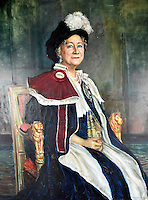 BNPS.co.uk (01202 558833)<br /> Pic: SAS/BNPS<br /> <br /> A stunning finished painting of the Queen Mother in all her finery.<br /> <br /> An amazing 30 year old time capsule of Royal artworks have been found gathering dust in a dilapidated estate near Tonbridge in Kent.<br /> <br /> They form part of a remarkable collection of 400 works by the almost forgotten painter Bernard Hailstone, that have been locked away in his abandoned studio at Hadlow Tower since his death in 1987.<br /> <br /> Amongst the famous figures who sat for Mr Hailstone, who died in 1987, were the Queen, the Queen Mother, Prince Charles, Winston Churchill, former US president Jimmy Carter and actor Laurence Olivier.<br /> <br /> While sitting for her portrait at Buckingham Palace, The Queen asked him to adjust the aerial so she could watch the horse racing on the TV.<br /> <br /> The then US president Jimmy Carter was sketched by Mr Hailstone during a flight from London to New York, while Mr Hailstone and Winston Churchill discussed aliens during their sitting at Chartwell.