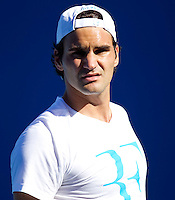 Roger Federer on the practice court at Melbourne Park..International Tennis - Australian Open Tennis - Monday 25 Jan 2010 - Melbourne Park - Melbourne - Australia ..© Frey - AMN Images, 1st Floor, Barry House, 20-22 Worple Road, London, SW19 4DH.Tel - +44 20 8947 0100.mfrey@advantagemedianet.com