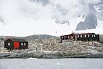Station de recherche de Port Lokroy (anglais) transformée en musée. Croisière à bord du NordNorge. Péninsule Antarctique