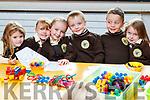 Inagh Ní Fhlannabhra, Charlie Ní Bhraonán, Tegan Ní Shuilleabháin, Finn Ó Muirthuile, Fionn Ó Géaráin agus Cora Nic Dhuibhín, all enjoying their first day of school at Gaelscoil Mhic Easmainn, Tralee.