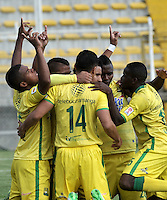 BOGOTA - COLOMBIA – 06-12-2015: Los jugadores de Atletico Bucaramanga, celebran el segundo gol anotado a Fortaleza FC, durante partido de ida de la final del Torneo Aguila II entre Fortaleza FC y Atletico Bucaramanga, jugado en el estadio Metropolitano de Techo de la ciudad de Bogota. / The players of Atletico Bucaramanga, celebrate the second scored a goal to Fortaleza FC, during a match for the first leg for  the  final of the Torneo Aguila II between Fortaleza FC and Atletico Bucaramanga,  played at the Metropolitano de Techo stadium in Bogota. Photo: VizzorImage / Luis Ramirez / Staff.