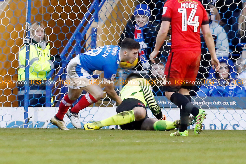 Pompeys Conor Chaplin scores the 2nd goal & the winner during Portsmouth vs Leyton Orient, Sky Bet EFL League 2 Football at Fratton Park on 14th January 2017