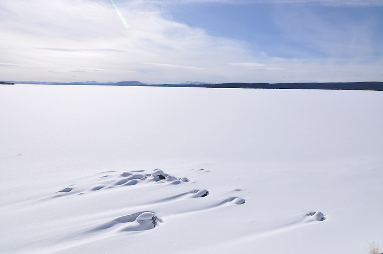 Yellowstone Lake in winter