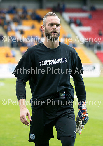 St Johnstone v Hibs &hellip;09.09.17&hellip; McDiarmid Park&hellip; SPFL<br />Alan Mannus wearing a Andys Man CXlub t-shirt during the warm up<br />Picture by Graeme Hart.<br />Copyright Perthshire Picture Agency<br />Tel: 01738 623350  Mobile: 07990 594431