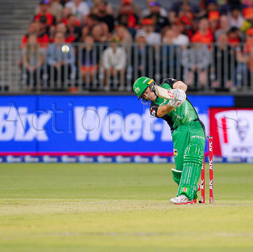 3rd February 2019, Optus Stadium, Perth, Australia; Australian Big Bash Cricket League, Perth Scorchers versus Melbourne Stars; Seb Goth of the Melbourne Stars hits the ball to the boundary