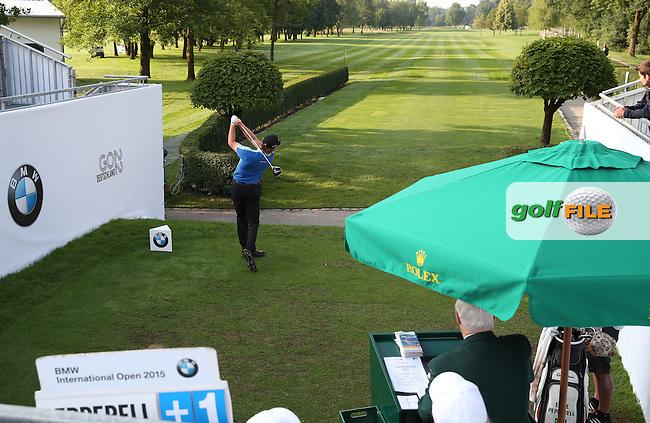 Eddie Pepperell (ENG) gets the Final Round away at the 2015 BMW International Open at Golfclub Munchen Eichenried, Eichenried, Munich, Germany. 28/06/2015. Picture David Lloyd   www.golffile.ie