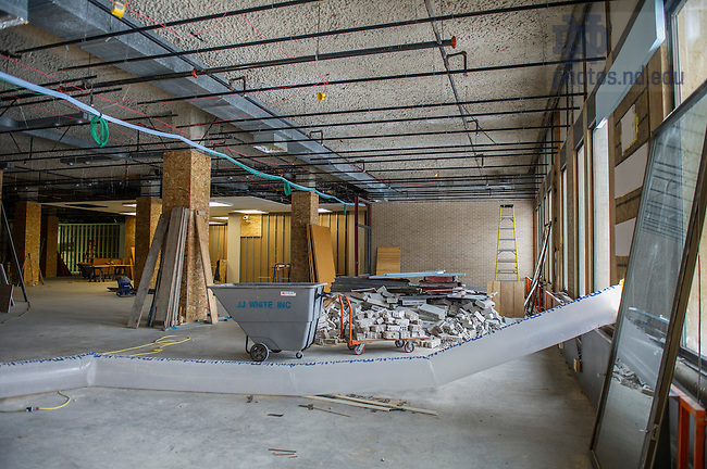 Feb. 18, 2015; Hesburgh Library renovation project.  (Photo by Barbara Johnston/University of Notre Dame)