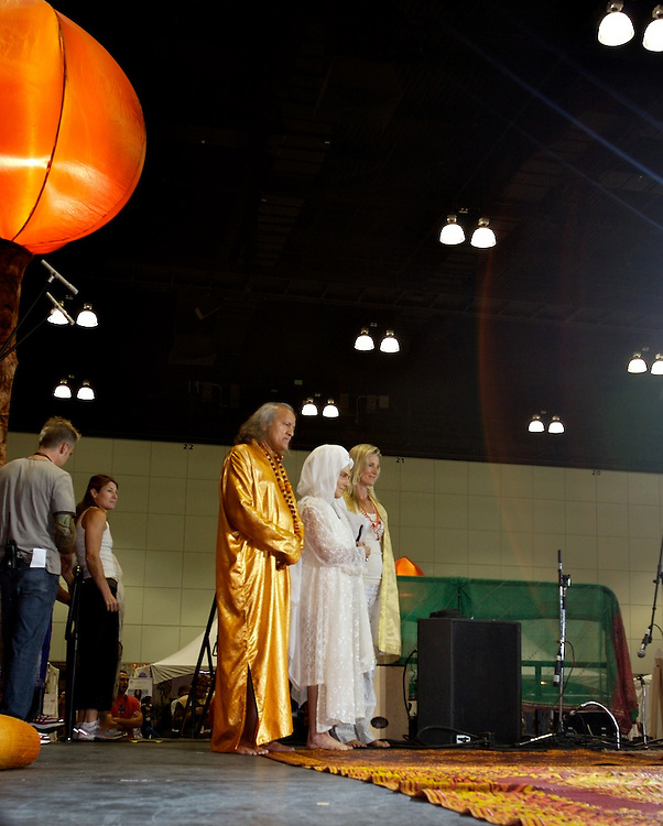 Global Mala Project (GMP) event. Gurmukh, Shiva Rea and the laughing Yogi.