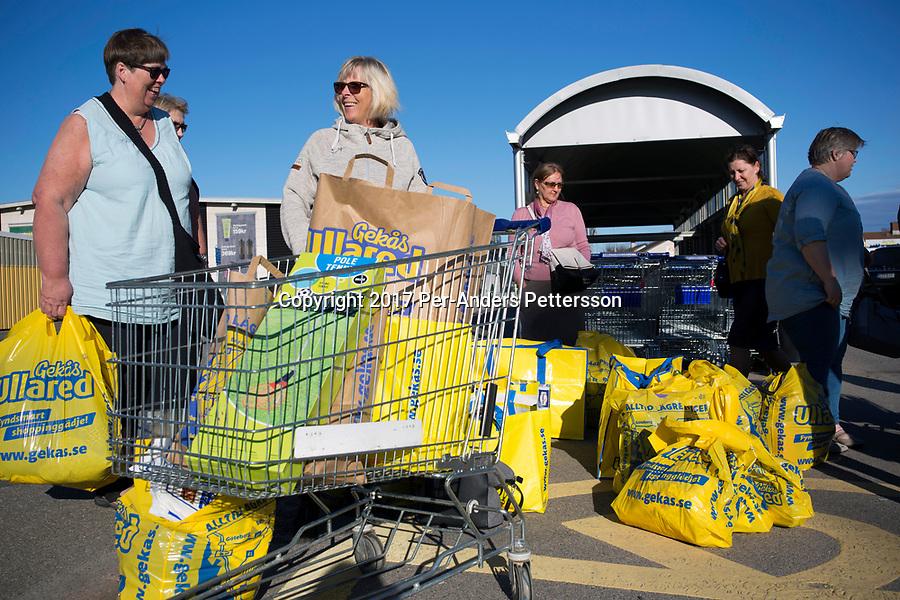 sweden lets shoppers scan - 900×600
