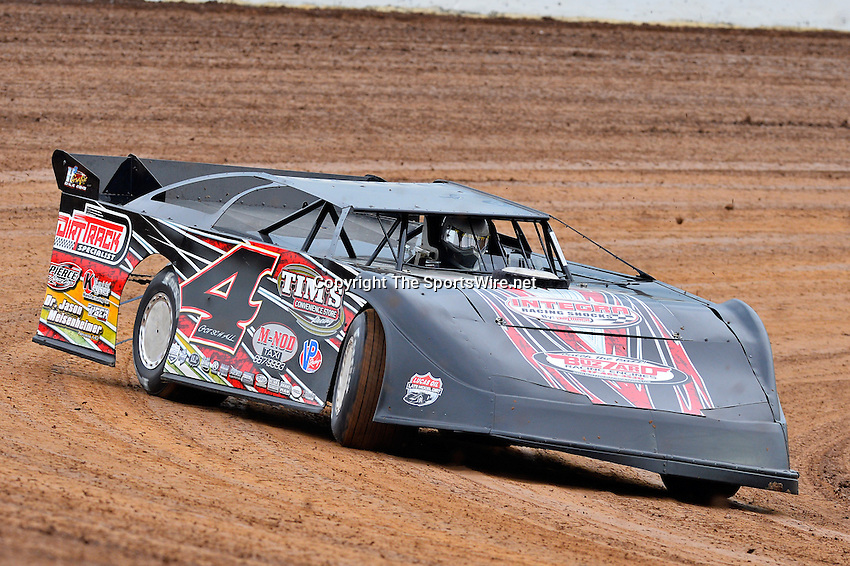 May 22, 2014; 5:51:12 PM; Wheatland, Mo., USA; The  Lucas Oil Late Model Dirt Series running the 22nd Annual Lucas Oil Show-Me 100 Presented by ProtectTheHarvest.com.  Mandatory Credit: (thesportswire.net)