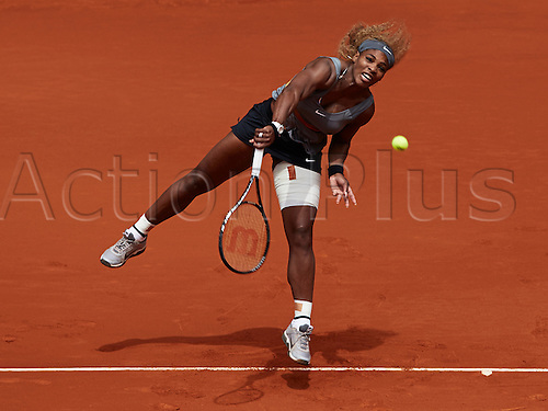 07.05.2014 Madrid, Spain. Serena Williams of USA serves the ball during the game with on day 4 of the Madrid Open from La Caja Magica.