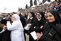 "Manifestazione ""Family Day"" al Circo Massimo, in sostegno della famiglia tradizionale, contro la legge sulle unioni civili in discussione al Senato, Roma, 30 gennaio 2016.<br /> Nuns attend the ""Family Day"" rally at the Circus Maximus, in support of traditional family, against civil unions proposed law in discussion at the Italian Parliament, Rome, 30 January 2016.<br /> UPDATE IMAGES PRESS/Riccardo De Luca"