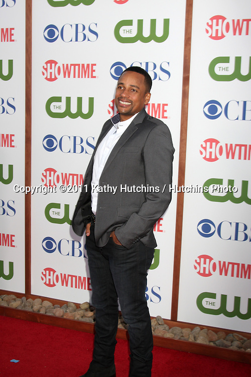 LOS ANGELES - AUG 3:  Hill Harper arriving at the CBS TCA Summer 2011 All Star Party at Robinson May Parking Garage on August 3, 2011 in Beverly Hills, CA