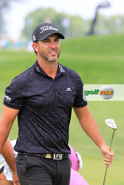Scott Piercy (USA) on the 10th green during Friday's Round 1 of the 2016 U.S. Open Championship held at Oakmont Country Club, Oakmont, Pittsburgh, Pennsylvania, United States of America. 17th June 2016.<br /> Picture: Eoin Clarke | Golffile<br /> <br /> <br /> All photos usage must carry mandatory copyright credit (&copy; Golffile | Eoin Clarke)