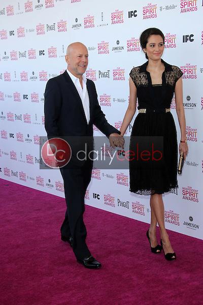 Bruce Willis, Emma Heming<br /> at the 2013 Film Independent Spirit Awards, Private Location, Santa Monica, CA 02-23-13<br /> David Edwards/DailyCeleb.com 818-249-4998