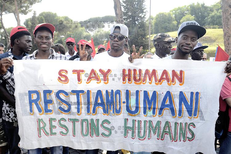 """Roma, 20 Giugno 2015<br /> Giornata internazionale del rifugiato<br /> Manifestazione al Colosseo """"Fermiamo la strage subito""""<br /> per chiedere diritti per tutti,  e che vengano protette le persone,  non i confini.<br /> Rome, 20 June 2015<br /> International Day of Refugees<br /> Event at the Colosseum """"Stop the massacre immediately""""<br /> ask for rights for all, and that people are protected, not the borders."""