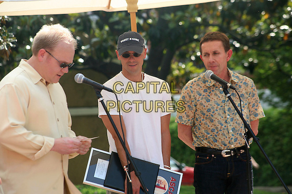"TROY TOMLINSON, KENNY CHESNEY & JOE GALANTE.Kenny Chesney was honored at ASCAP with a Number One Party for the first song he has written ""Beer In Mexico"",.Nashville, Tennessee, USA, 9 May, 2007..half length cap hat sunglasses.CAP/ADM/RR.©Randi Radcliff/AdMedia/Capital Pictures."