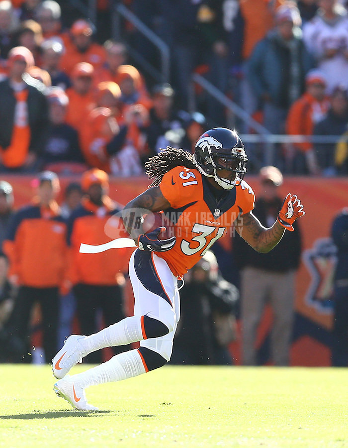 Jan 17, 2016; Denver, CO, USA; Denver Broncos safety Omar Bolden (31) against the Pittsburgh Steelers during the AFC Divisional round playoff game at Sports Authority Field at Mile High. Mandatory Credit: Mark J. Rebilas-USA TODAY Sports