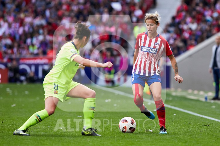 Atletico de Madrid's Angela Sosa and FC Barcelona's Marta Torrejon during Liga Iberdrola match between Atletico de Madrid and FC Barcelona at Wanda Metropolitano Stadium in Madrid, Spain. March 17, 2019. (ALTERPHOTOS/A. Perez Meca)