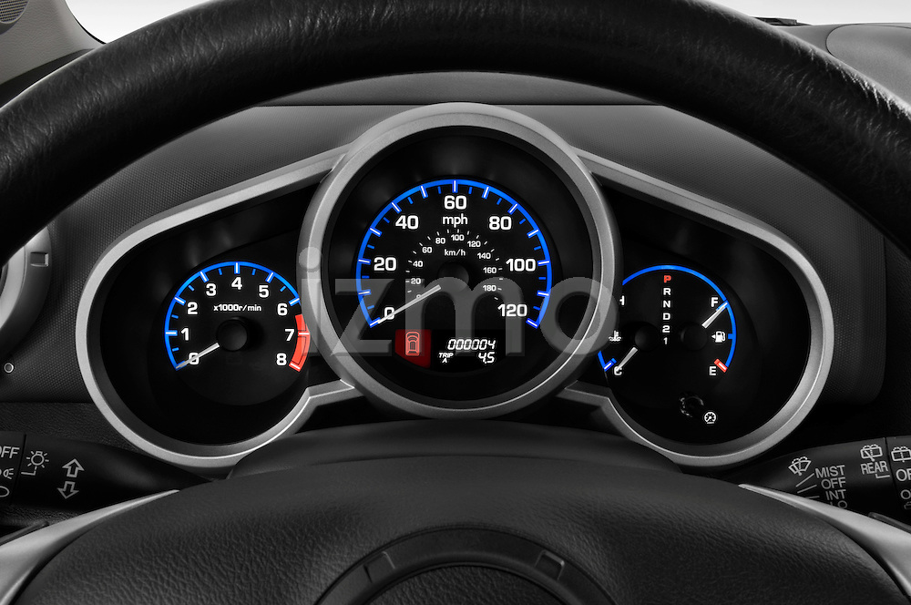 Instrument panel close up detail view of a 2008 Honda Element EX SUV
