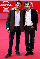 "Il regista francese Frederic Jardin posa con l'attore inglese Tomer Sisley, a sinistra, sul red carpet per la presentazione del suo film ""Nuit Blanche"", al Festival Internazionale del Film di Roma, 28 ottobre 2011..French director Frederic Jardin poses with actor Tomer Sisley, left, on the red carpet to present his movie ""Nuit Blanche"", during the international Rome Film Festival at Rome's Auditorium, 28 october 2011..UPDATE IMAGES PRESS/Riccardo De Luca"