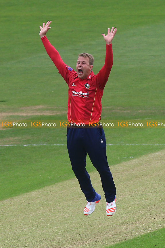 Neil Wagner of Essex with an appeal for the wicket of Will Bragg during Glamorgan vs Essex Eagles, Royal London One-Day Cup Cricket at the SSE SWALEC Stadium on 7th May 2017